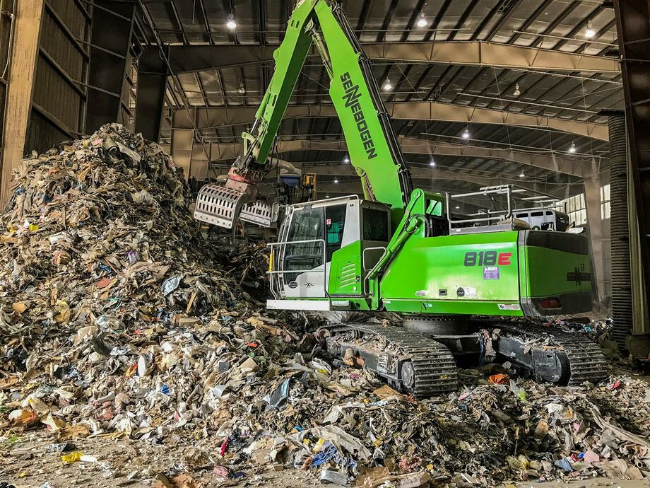 SENNEBOGEN material handler 818 E crawler with sorting grab recycling waste management