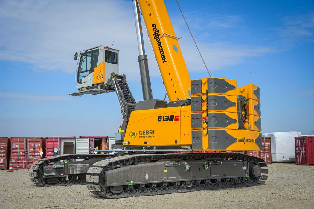 SENNEBOGEN telescopic crawler crane telecrane 6133 E elevating cab