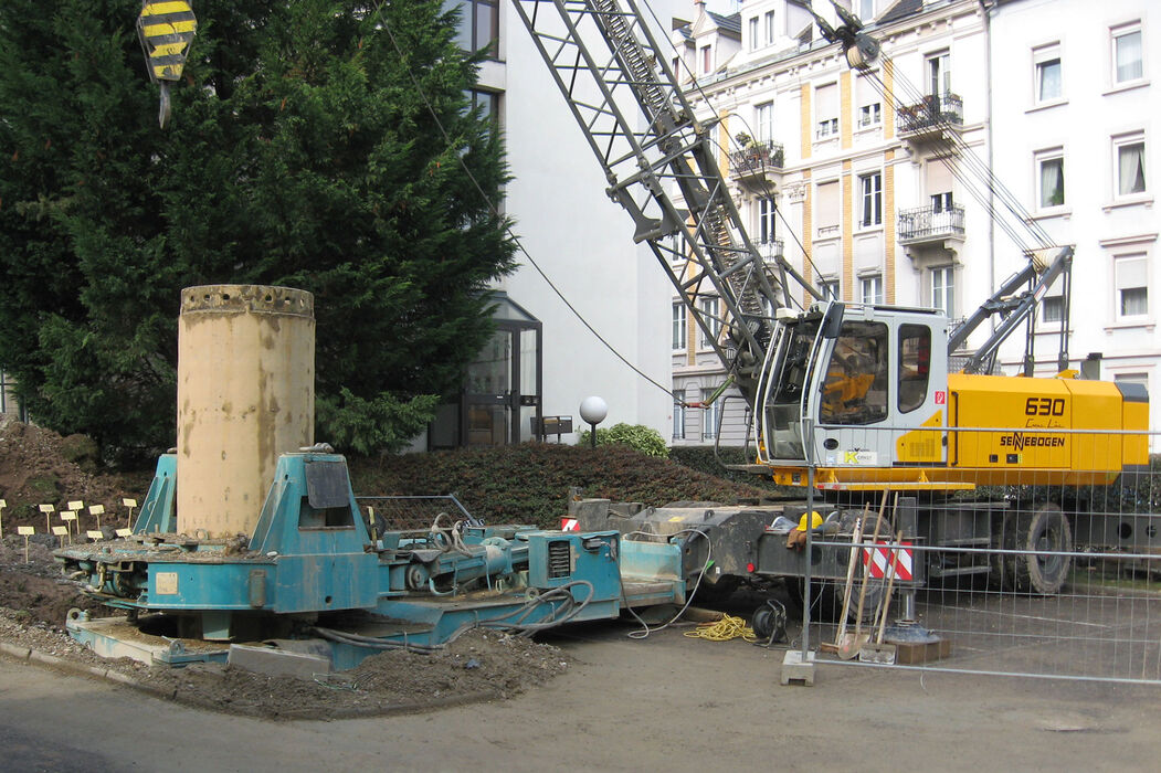 SENNEBOGEN 630 reliable and versatile duty cycle crane special below ground construction