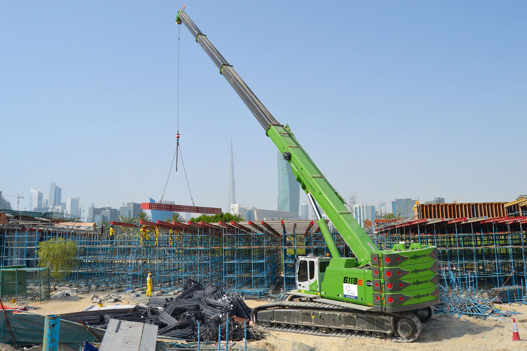 SENNEBOGEN strong and versatile 6113 Telecrane Telescopic crane Above ground construction