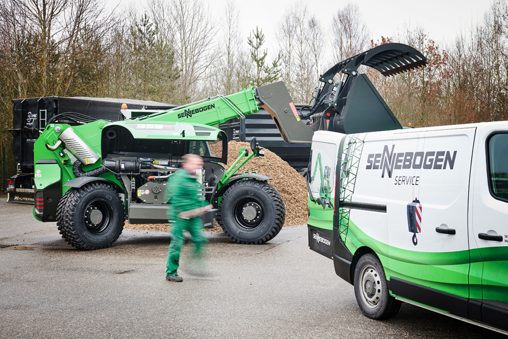 SENNEBOGEN after sales / service / customer service on 355 E telehandler