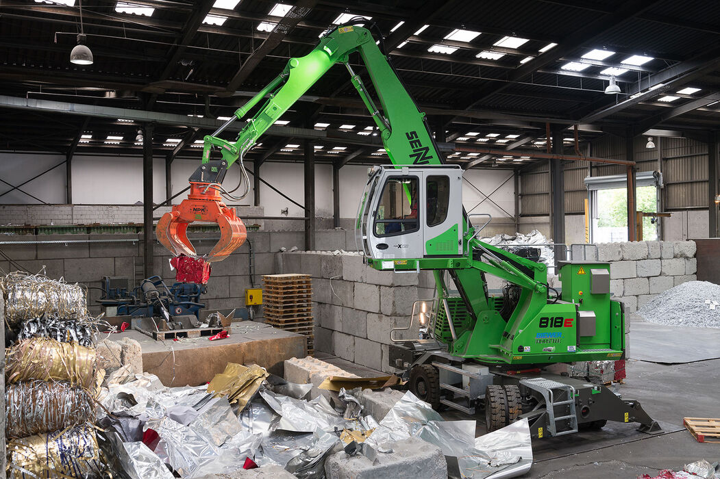 ENNEBOGEN 818 E Mobile Electro compact material handler – Aluminum recycling