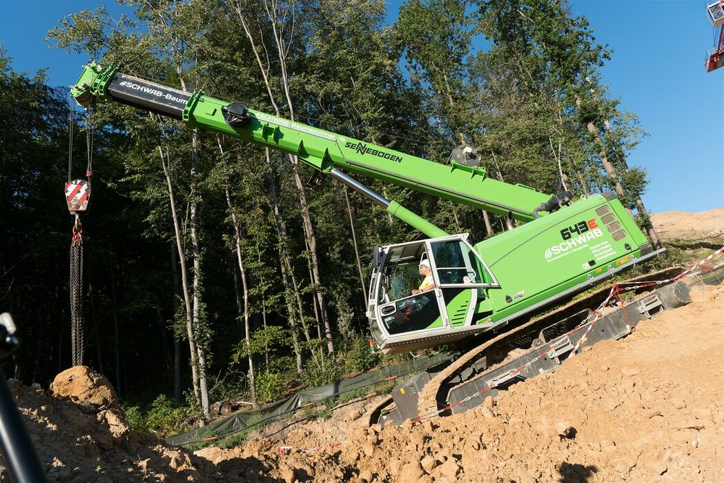 SENNEBOGEN 643 Crawler Telescopic crane / Telecrane Above ground construction