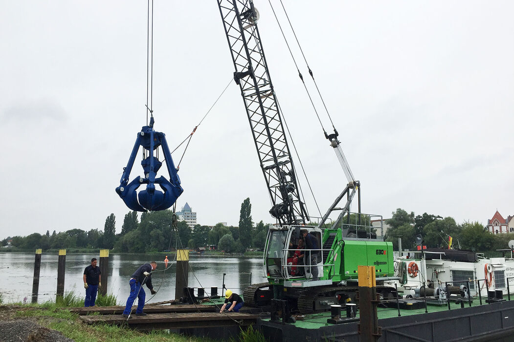 SENNEBOGEN 630 reliable and versatile duty cycle crane hydraulic engineering