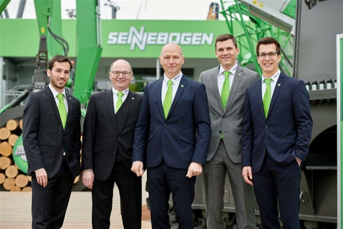 SENNEBOGEN senior managers and CEO (left to right): Alexander Sennebogen, Walter Sennebogen, Erich Sennebogen, Anton Sennebogen and Sebastian Sennebogen
