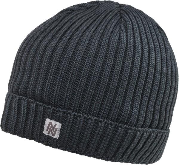 Winter woolly hat  6f73f830b95
